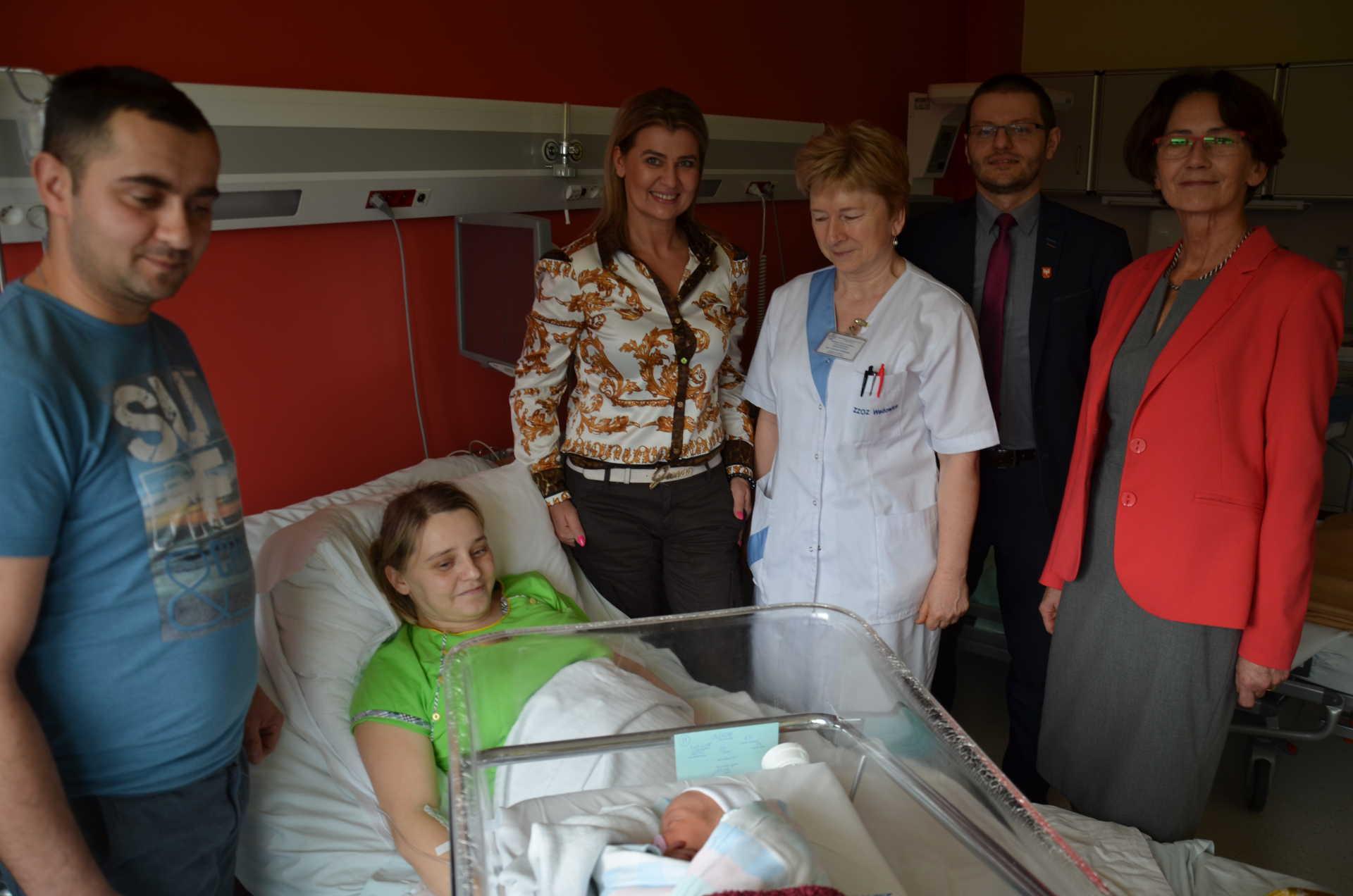 pierwszy-noworodek-w-2018r-w-szpitalu-powiatowym-im-jana-pawla-ii